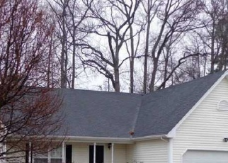 Foreclosed Home en FALLAWATER WAY, Suffolk, VA - 23434