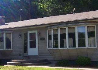 Foreclosed Home en JOBS RUN RD, Jersey Shore, PA - 17740
