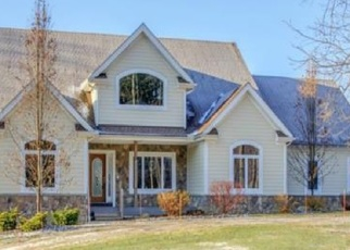 Foreclosed Home en CHANTICLEER CT, Chagrin Falls, OH - 44023