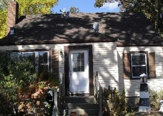 Foreclosed Home in MCGOWAN LN, Central Islip, NY - 11722