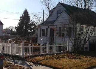 Foreclosed Home en NEW YORK AVE, West Hempstead, NY - 11552