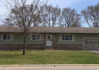 Foreclosed Home en 11TH AVE SE, Saint Joseph, MN - 56374