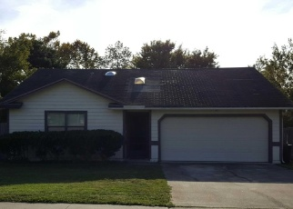 Foreclosed Home en FARM WAY, Middleburg, FL - 32068