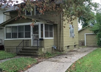 Foreclosed Home in KINSMOOR AVE, Fort Wayne, IN - 46807
