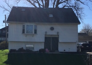 Foreclosed Home en TURTLE ST, Shorewood, IL - 60404