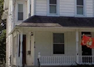 Foreclosed Home en JUNIPER ST, Quakertown, PA - 18951