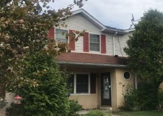 Foreclosed Home en MIMOSA CT, Quakertown, PA - 18951