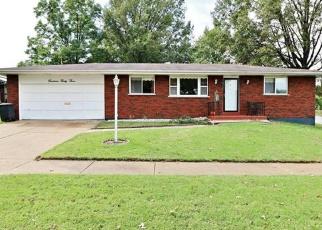 Foreclosed Home en FRIAR TUCK LN, Saint Louis, MO - 63125