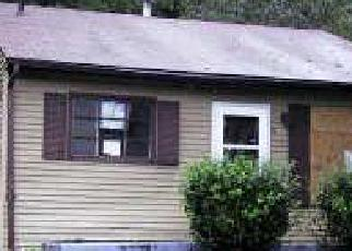 Foreclosed Home en BIRCHLEAF AVE, Capitol Heights, MD - 20743