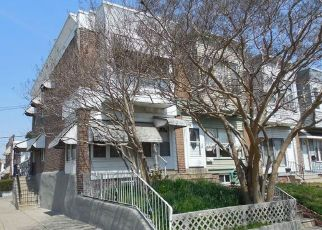 Foreclosed Home en WORRELL ST, Philadelphia, PA - 19124