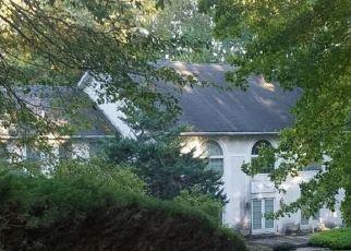 Foreclosed Home en E DEERFIELD DR, Media, PA - 19063