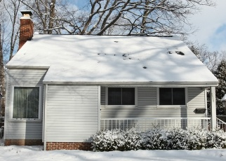 Foreclosed Home en NORMANDY RD, Bay Village, OH - 44140