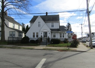 Foreclosed Home in MANHATTAN AVE, Bridgeport, CT - 06606