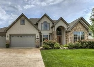 Foreclosed Home en NW 63RD ST, Kansas City, MO - 64152