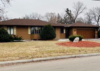 Foreclosed Home en COLFAX AVE N, Minneapolis, MN - 55430