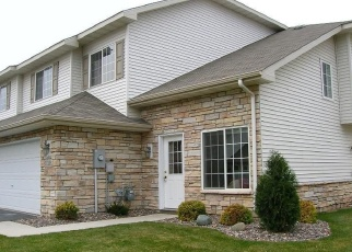 Foreclosed Home en EASTWOOD AVE, Farmington, MN - 55024