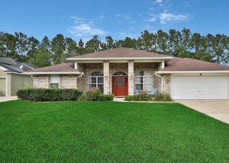 Foreclosed Home en HEATHER GLEN LN, Middleburg, FL - 32068