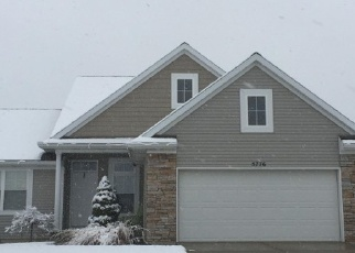 Foreclosed Home en WALNUT RIDGE DR SW, Grandville, MI - 49418