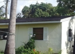 Foreclosed Home en NW 174TH ST, Opa Locka, FL - 33056