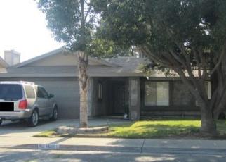 Foreclosed Home en GRAPEVINE DR, Livingston, CA - 95334