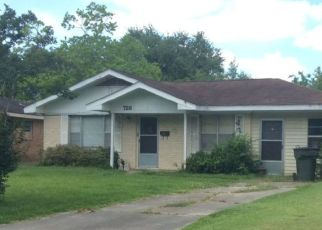 Foreclosed Home in MORNINGSIDE DR, Lake Charles, LA - 70605