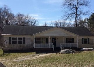 Foreclosed Home en TURNPIKE RD, Elizabethtown, PA - 17022