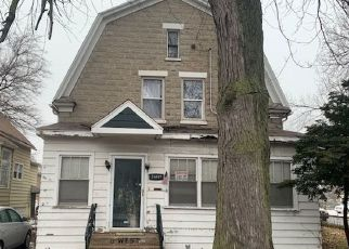 Foreclosed Home en W 138TH ST, Riverdale, IL - 60827
