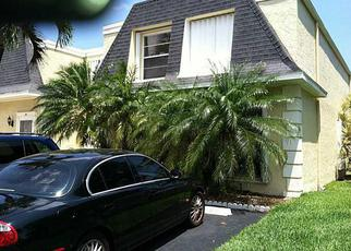 Foreclosed Home en NE 24TH AVE, Hallandale, FL - 33009
