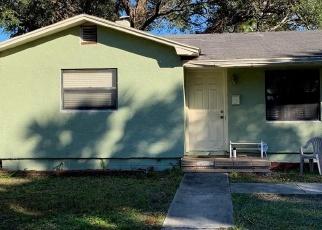 Foreclosed Home en IVANHOE WAY S, Saint Petersburg, FL - 33705