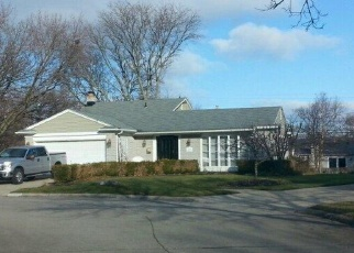 Foreclosed Home en CRABTREE CT, Plymouth, MI - 48170
