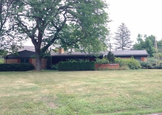 Foreclosed Home en NICHOLAS LN, Plymouth, MI - 48170