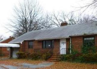 Foreclosed Home en CHAPEL DR, Richmond, VA - 23224
