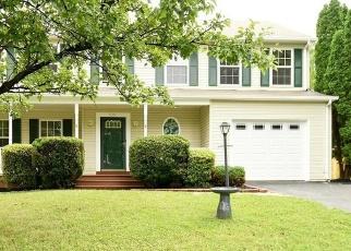 Foreclosed Home en OUST LN, Woodbridge, VA - 22193