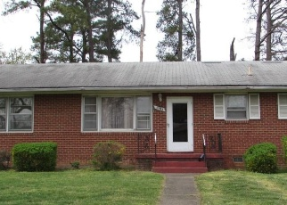 Foreclosed Home en COLWYCK DR, Richmond, VA - 23223