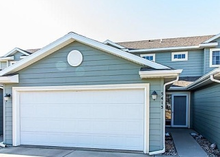 Foreclosed Home en W OAKCREST PL, Sioux Falls, SD - 57107