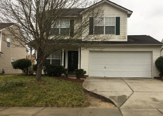 Foreclosed Home in MANDY PLACE CT, Charlotte, NC - 28216