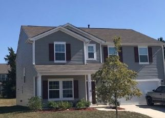 Foreclosed Home in STAFFORDSHIRE LN, Charlotte, NC - 28213