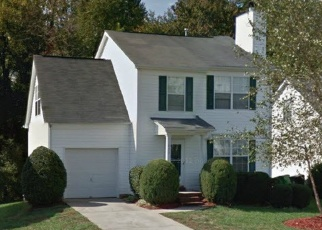 Foreclosed Home in STEWARTS CROSSING DR, Charlotte, NC - 28215