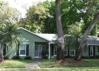 Foreclosed Home en W HILLCREST ST, Altamonte Springs, FL - 32714