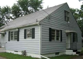 Foreclosed Home en S GRISWOLD ST, Peoria, IL - 61605