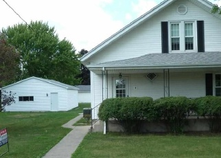 Foreclosed Home in E OAKLEY ST, Glasford, IL - 61533