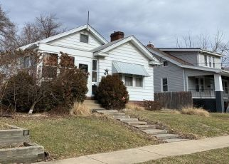 Foreclosed Home in E HINES AVE, Peoria Heights, IL - 61616