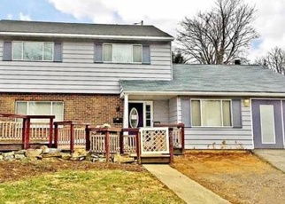 Foreclosed Home en ELM CT, Allentown, PA - 18103