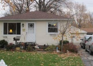 Foreclosed Home en WOODSTOCK RD, Eastlake, OH - 44095