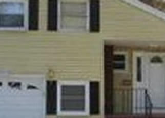 Foreclosed Home en ROOD AVE, Windsor, CT - 06095