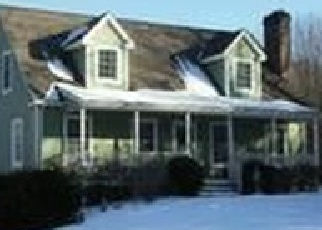 Foreclosed Home en ACKLEY CEMETERY RD, Colchester, CT - 06415
