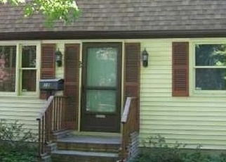Foreclosed Home en ANN ST, Willimantic, CT - 06226