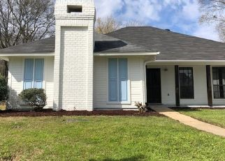 Foreclosed Home in ELM CT, Clinton, MS - 39056