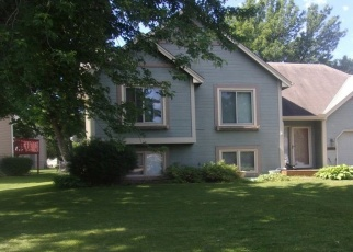 Foreclosed Home en GLENHURST AVE, Savage, MN - 55378