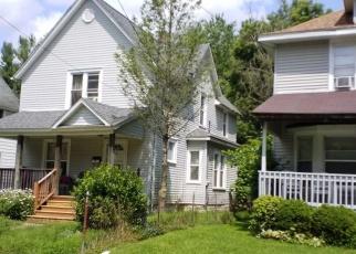 Foreclosed Home en JACKSON ST, Kalamazoo, MI - 49001